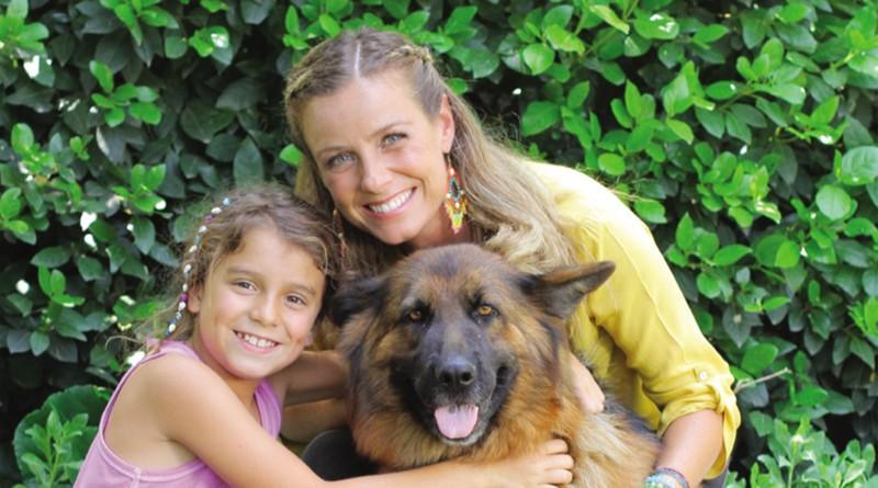 """Claudia Conserva : """"La falta de educación en Chile atenta contra la tenencia responsable de mascotas"""""""